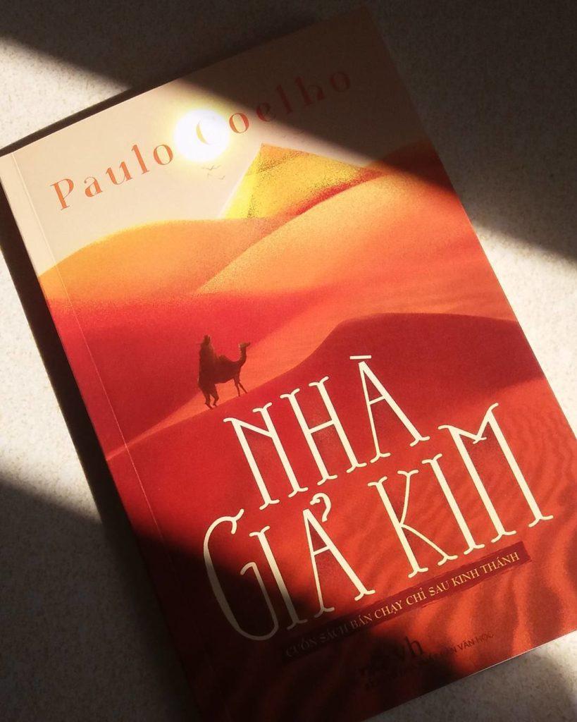 """Bình luận sách """"Nhà giả kim"""" - Paulo Coelho"""