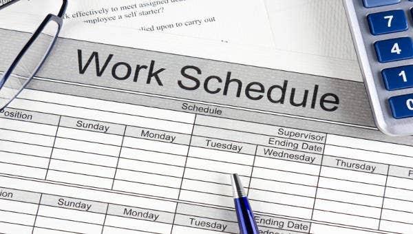 thay đổi lịch làm việc nhân viên